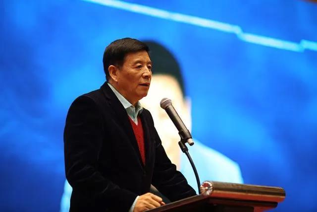 """张华:中国直销行业最大的问题是""""只传不销"""""""