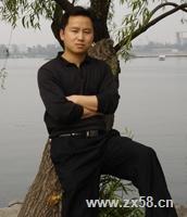 嘉康利陶老师