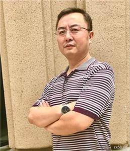爱睿希高级董事启胜