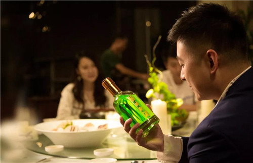 理想科技杨林肥酒:三个世纪的沉淀,终成风轻云淡的洒脱和写意
